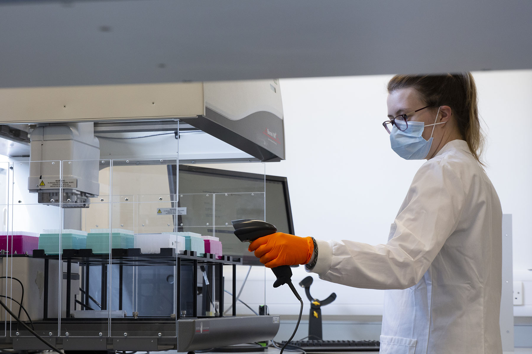 NEWSFLASH: Mass testing paves the way for weekly COVID checks