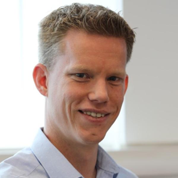 Dr Ralf Weber - Session Chair: Computational proteomics and metabolomics